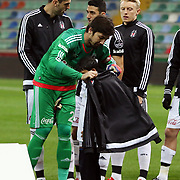 Besiktas's goalkeeper Tolga Zengin (C) during their Turkish Super League soccer match Kayserispor between Besiktas at the Kadir Has Stadium in Kayseri Turkey on Saturday 05 December 2015. Photo by Kurtulus YILMAZ/TURKPIX