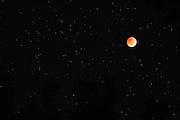 Eclipse lunar total en solsticio, 21 de diciembre de 2010 tomado desde inicio hasta fin en Panamá.