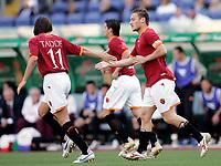 Roma 09/5/2007<br /> Coppa Italia Finale Andata<br /> Roma-Inter<br /> Photo Luca Pagliaricci INSIDE<br /> ESULTANZA DI TOTTI DOPO IL GOL CON TADDEI