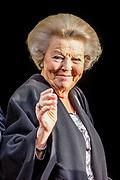 Koning reikt Erasmusprijs 2017 uit aan Michèle Lamont in het Koninklijk Paleis op de dam. De Erasmusprijs heeft dit jaar als thema Kennis, Macht en Diversiteit.<br /> <br /> King awards Erasmus Prize 2017 to Michèle Lamont at the Royal Palace on the dam. The Erasmus Prize has this year the theme Knowledge, Power and Diversity.<br /> <br /> Op de foto / On the Photo: Prinses Beatrix / Princes Beatrix
