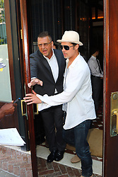 July 21, 2016 - New York, New York, United States - Actor Brad Pitt leaves a downtown hotel on July 21 2016 in New York City  (Credit Image: © Zelig Shaul/Ace Pictures via ZUMA Press)
