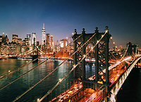 A view of Downtown Manhattan overlooking the Manhattan bridge, New York, USA.