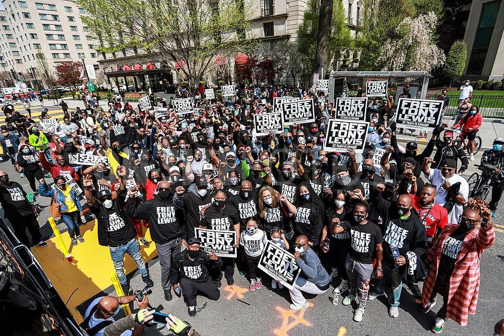 """WASHINGTON, DC - APRIL 10: Supporters show support for Tony Lewis who has served 32 years at the """"Free Tony Lewis"""" rally in Black Lives Matter Plaza near The White House on April 10, 2021 in Washington, DC. (Photo by Sam Johnson via ON-SITEFOTOS)"""