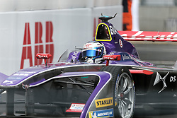 April 28, 2018 - Paris, Ile-de-France, France - Britain's Sam Bird of the Formula E team DS Virgin competes during the practice session of the French stage of the Formula E championship around The Invalides Monument close to The Eiffel Tower in Paris on April 28, 2018. (Credit Image: © Michel Stoupak/NurPhoto via ZUMA Press)