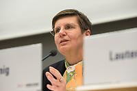 "26 MAR 2012, BERLIN/GERMANY:<br /> Dr. Elke Koenig, Praesidentin BaFin, Kongress der CDU/CSU-Bundestagsfraktion ""Krisen vorbeugen - Finanzaufsicht staerken"", Sitzungssaal CDU/CSU-Bundestagsfraktion, Deutscher Bundestag<br /> IMAGE: 20120326-01-040<br /> KEYWORDS: Elke König"