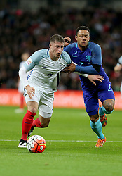 Ross Barkley (L) of England vies with Memphis Depay of the Netherlands during the International Friendly Match between England and the Netherlands at Wembley Stadium in London, Britain, on March 29, 2016. England lost 1-2. EXPA Pictures © 2016, PhotoCredit: EXPA/ Photoshot/ Han Yan<br /> <br /> *****ATTENTION - for AUT, SLO, CRO, SRB, BIH, MAZ, SUI only*****