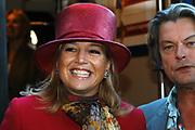 Hare Koninklijke Hoogheid Prinses Máxima der Nederlanden was 17  oktober aanwezig bij de start  van de Zilverrail, de Koninklijke Feest Express. <br /> <br /> Deze jongerentrein trekt door het land ter gelegenheid van het Zilveren Regeringsjubileum. Prinses Máxima rijdt mee in de reizende jongerentrein op maandagochtend 17 oktober van Utrecht naar Eindhoven. De Koningin sluit de feestelijkheden af op de laatste dag, donderdag 27 oktober, in Delft.