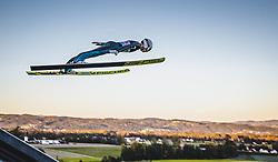 29.09.2018, Energie AG Skisprung Arena, Hinzenbach, AUT, FIS Ski Sprung, Sommer Grand Prix, Hinzenbach, im Bild Alex Insam (ITA) // Alex Insam of Italy during FIS Ski Jumping Summer Grand Prix at the Energie AG Skisprung Arena, Hinzenbach, Austria on 2018/09/29. EXPA Pictures © 2018, PhotoCredit: EXPA/ JFK