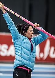 USATF Indoor Track & Field Championships: womens pole vault, Jenn Suhr, warmup