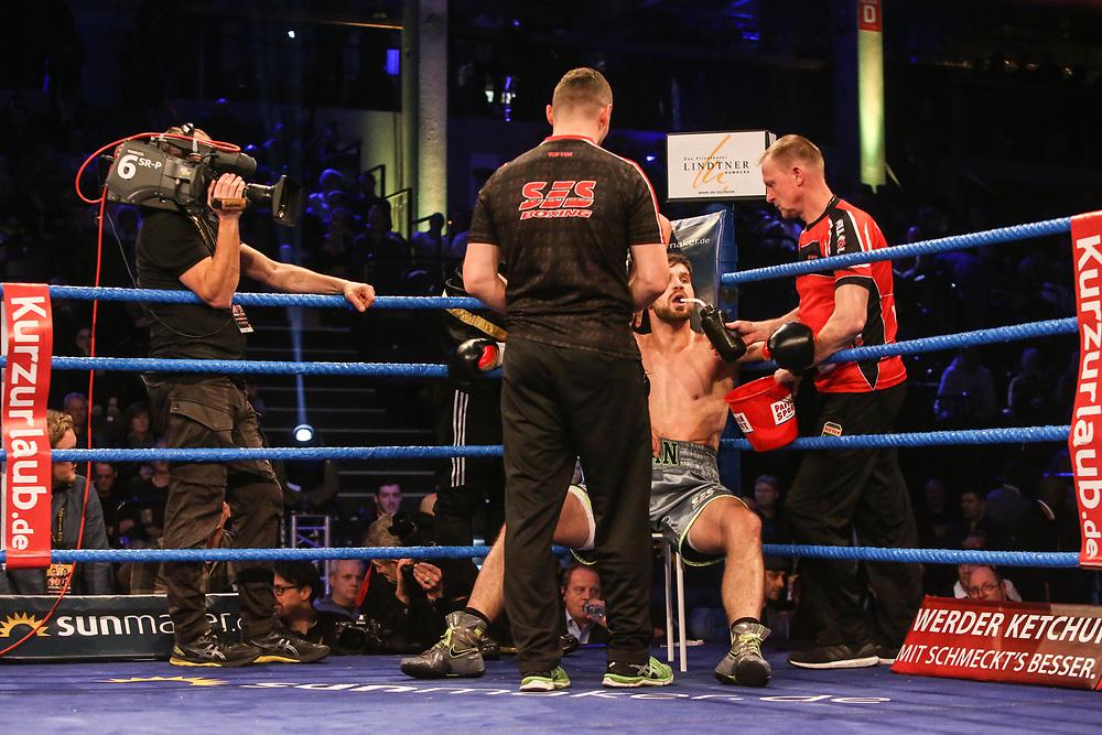 BOXEN: EC Boxing & SES Boxing, Hamburg, 18.01.2020<br /> Intern. Meisterschaft: Roman Fress (GER) - Matteo Rondena (ITA)<br /> © Torsten Helmke