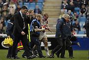 Twickenham, GREAT BRITAIN, Bristols Matt SALTER walks from the field holding his arm after a shoulder injury, during the Guinness Premieship match, NEC Harlequins vs Bristol Rugby, at the Twickenham Stoop Stadium, England, on Sat 24.02.2007  [Photo, Peter Spurrier/Intersport-images].....
