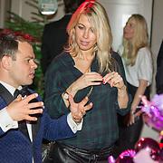 NLD/Hilversum/20151207- Sky Radio's Christmas Tree for Charity, Vivian Reijs en Roel van Velzen