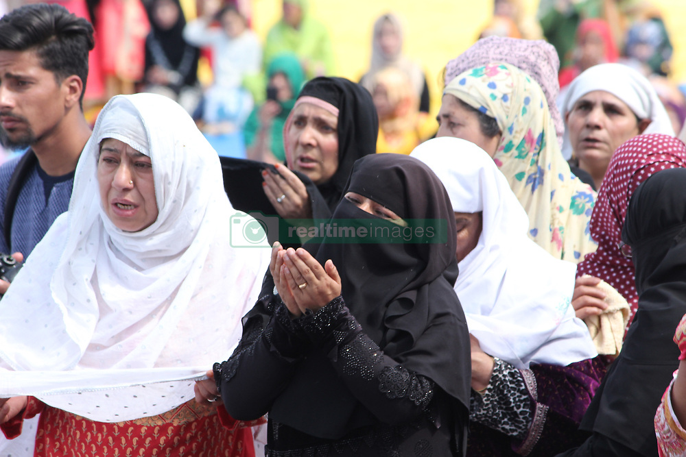 April 14, 2018 - Srinagar, Jammu and Kashmir, India - Mehraj-ul-Alam (the night of Journey and Ascension) was observed across the Kashmir valley on Saturday after night long prayers at different mosques and shrines of Valley. (Credit Image: © Faisal Bhat/Pacific Press via ZUMA Wire)