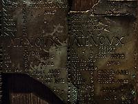 Le calendrier gaulois de Coligny comporte une des rares transcriptions ecrites de la langue gauloise.<br /> Lemusee gallo-romain de Lyona ete construit pres des theatres romains, sur la colline deFourviere, situee autrefois au cœur de la cite romaine de Lugdunum. <br /> Capitale de la province Lyonnaise, c etait une cite gallo-romaine importante et prospere qui a laisse de nombreux vestiges.<br /> Le musee actuel, construit par l architecteBernard Zehrfussa ete inaugure en 1975. Le batiment est inscrit en bordure du site antique, enterre sous la colline de fourviere.Les deux monuments majeurs de la cite : le theatre et l odeon, sont desormais integres au secteur classePatrimoine Mondialpar l UNESCO.A l interieur, on y accede par une rampe en beton brut descendant en spirale et se ramifiant vers des paliers destines a l exposition des collections du musée.<br /> Ce musee reçoit a peu pres 100 000 visiteurs par an.