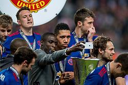 24-05-2017 SWE: Final Europa League AFC Ajax - Manchester United, Stockholm<br /> Finale Europa League tussen Ajax en Manchester United in het Friends Arena te Stockholm / Daley Blind #20 of Manchester United met de UEFA cup trophy