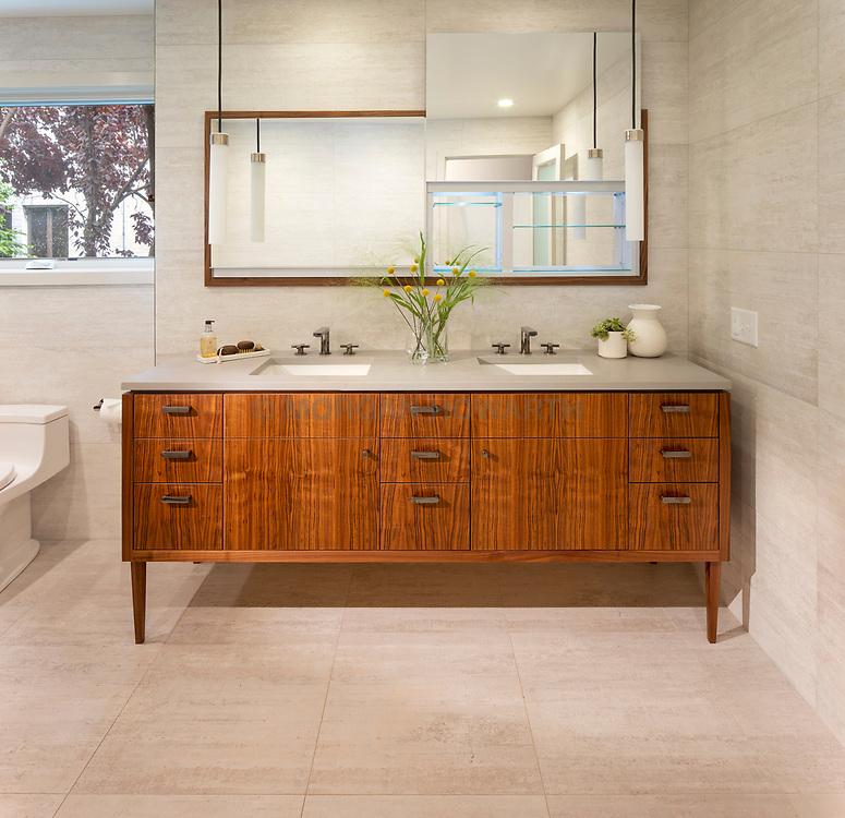 3403 36th Master Bathroom