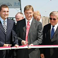 0707239255a Ferenc Gyurcsany and Janos Koka at the celebration of the newly built record breaker Pentele Bridge over river Danube at Dunajuvaros, Hungary. Monday, 23. July 2007. ATTILA VOLGYI