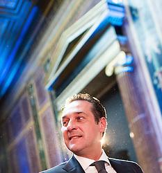 04.05.2015, Parlament, Wien, AUT, FPÖ, Feier anlässlich des 10 jährigen Jubiläums des Bundesparteiobmanns HC Strache. im Bild Klubobmann FPÖ Heinz-Christian Strache // Leader of the parliamentary group FPOe Heinz Christian Strache during 10 years anniversary leader of the parlaimatary group of the austrian freedom party at Parliament in Vienna, Austria on 2015/05/04. EXPA Pictures © 2015, PhotoCredit: EXPA/ Michael Gruber