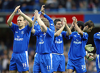 12/5/2004 - Chelsea v  Everton , Stamford Bridge - FA Barclays Premiership.<br />(L to R) Chelsea's Arjen Robben, Damien Duff, Frank Lampard and Paolo Ferreira applaude the crowd at the start of the match<br />Photo:Jed Leicester/Back Page Images