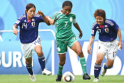17.07.2010,  Augsburg, GER, FIFA U20 Womens Worldcup, Nigeria vs Japan,  im Bild Emi NAKAJIMA  (Japan Nr.14) Esther SUNDAY (Nigeria Nr.7) und Shoko YAMADA  (Japan Nr.17) im Kampf, EXPA Pictures © 2010, PhotoCredit: EXPA/ nph/ . Straubmeier+++++ ATTENTION - OUT OF GER +++++ / SPORTIDA PHOTO AGENCY