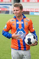 Bjørn Helge Riise signerte i dag kontrakt med Aalesunds FK.<br /> Foto: Svein Ove Ekornesvåg