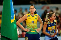23-08-2009 VOLLEYBAL: WGP FINALS CEREMONY: TOKYO <br /> Brazilie met oa. Danielle Lins en Fabiana de Oliveira wint de World Grand Prix 2009<br /> ©2009-WWW.FOTOHOOGENDOORN.NL