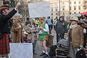 LEAVE SUPPORTERS,  , Outside the Supreme court of the United Kingdom, Parliament Sq. London. 5 December 2016.<br /> Beginning of four days of hearings on Brexit - and who has the power to trigger it. 11 justices listen to arguments on whether government or Parliament has that power.