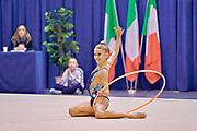 Camilla De Luca dell' Aurora Fano durante l'esercizio al cerchio nella tappa di Desio del Campionato Italiano di Ginnastica Ritmica 2018.