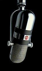 RCA 77-DX ribbon microphone