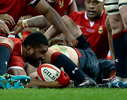 Steve Mafi of Tonga scores his sides second try<br /> <br /> Photographer Simon King/Replay Images<br /> <br /> Under Armour Series - Wales v Tonga - Saturday 17th November 2018 - Principality Stadium - Cardiff<br /> <br /> World Copyright © Replay Images . All rights reserved. info@replayimages.co.uk - http://replayimages.co.uk