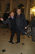 Wayne Sleep and Norman Rosenthall. Opening of an exhibition of watercolours by David Hockney. Midsummer: East Yorkshire 2004, Gilbert Collection. Somerset House. 16  November 2005 . ONE TIME USE ONLY - DO NOT ARCHIVE © Copyright Photograph by Dafydd Jones 66 Stockwell Park Rd. London SW9 0DA Tel 020 7733 0108 www.dafjones.com