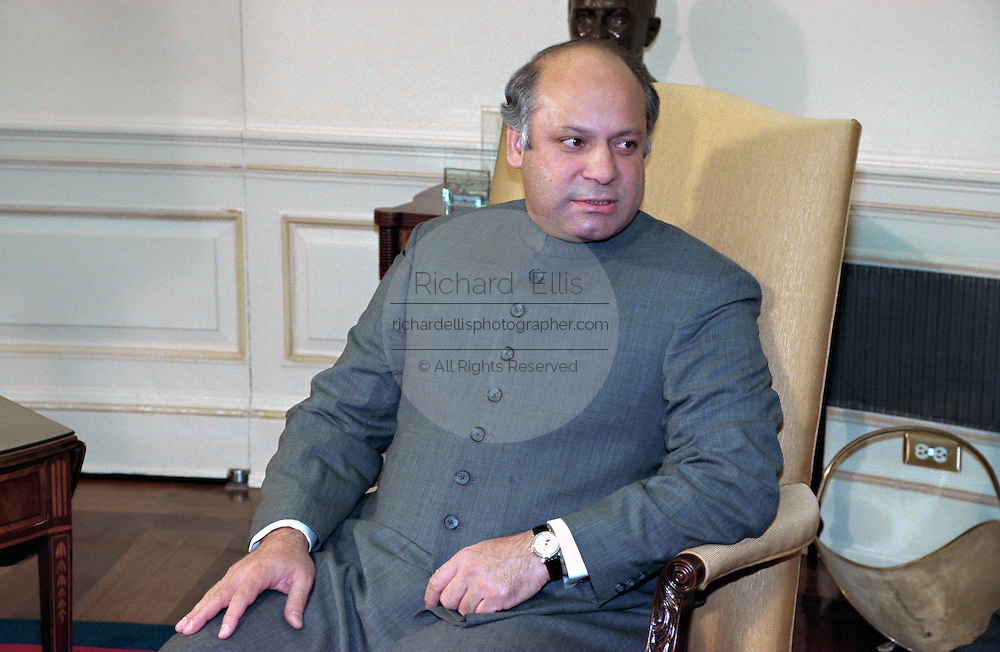 Pakistan Prime Minister Nawaz Sharif in the Oval Office of the White House during his meeting with President Clinton December 2, 1998 in Washington, DC.