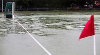 WASSENAAR - HOCKEY - Een Kunstgrasveld, bijveld,  is afgekeurd doordat er te veel regen is gevallen .  COPYRIGHT KOEN SUYK