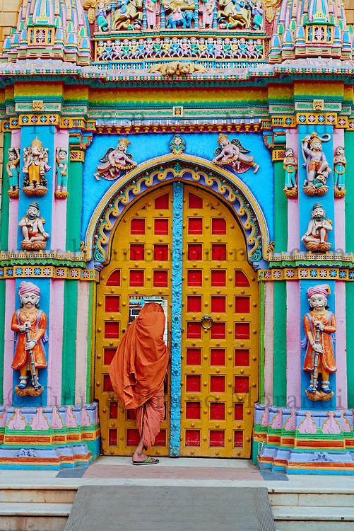 Inde; Gujarat, Kutch, temple Swaminarayan // India, Gujarat, Kutch, Bhuj, Swaminarayan temple