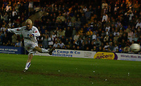 Fotball<br /> England 2004/2005<br /> Foto: SBI/Digitalsport<br /> NORWAY ONLY<br /> <br /> Tranmere Rovers v Hartlepool<br /> <br /> Coca-Cola League One Play-Off Semi-Final 2nd Leg. <br /> <br /> 17/05/2005. <br /> <br /> Iain Hume slots away a penalty for Tranmere.