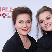 NLD/Rotterdam/20200308 - Hello Dolly premiere , Vajen van den Bosch met haar moeder