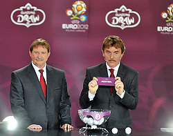 (L) ANDRZEJ SZARMACH AND (R) ZBIGNIEW BONIEK (BOTH POLAND) SHOW THE TICKET OF AUSTRIA DURING THE EUFA EURO 2012 QUALIFYING DRAW IN PALACE SCIENCE AND CULTURE IN WARSAW, POLAND..THE 2012 EUROPEAN SOCCER CHAMPIONSHIP WILL BE HOSTED BY POLAND AND UKRAINE...WARSAW, POLAND , FEBRUARY 07, 2010..( PHOTO BY ADAM NURKIEWICZ / MEDIASPORT / SPORTIDA.COM ).