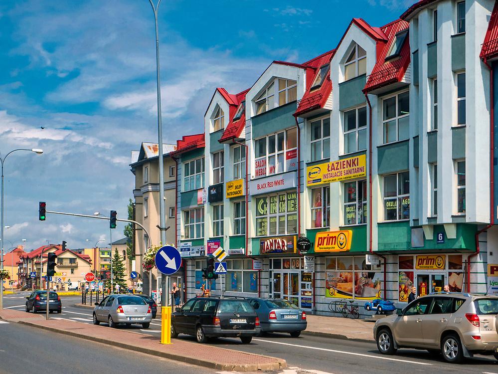 Ulica Wojska Polskiego w centrum, Grajewo, Polska<br /> Wojska Polskiego Street in centre of Grajewo, Poland