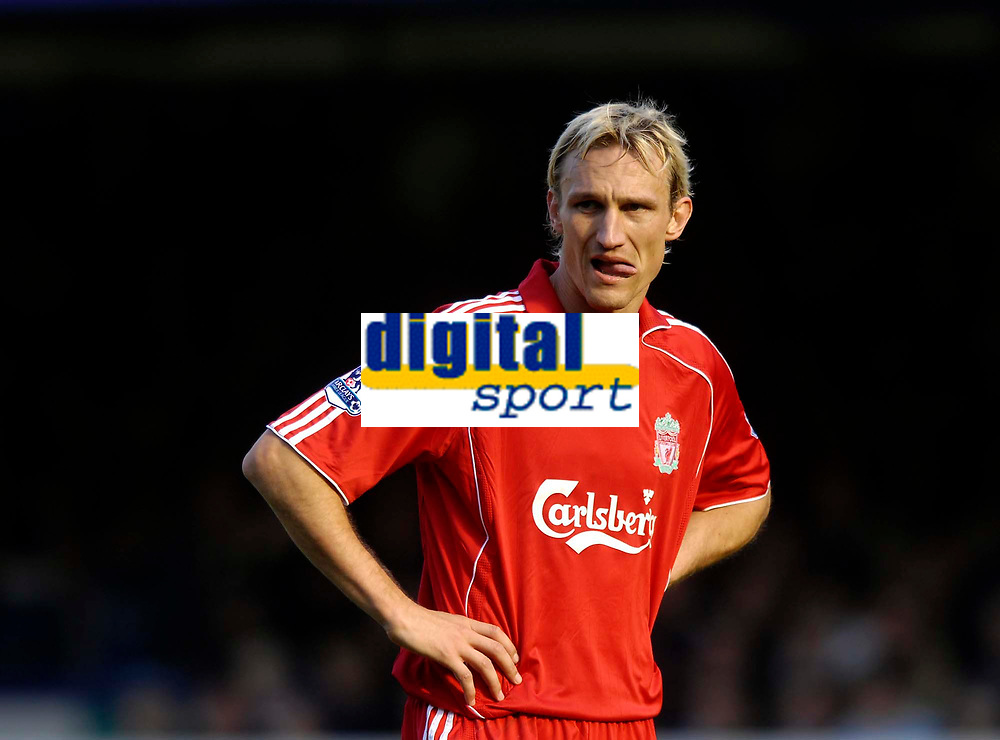 Photo: Jed Wee/Sportsbeat Images.<br /> Everton v Liverpool. The FA Barclays Premiership. 20/10/2007.<br /> <br /> Liverpool's Sami Hyypia looks sheepish after scoring an own goal.