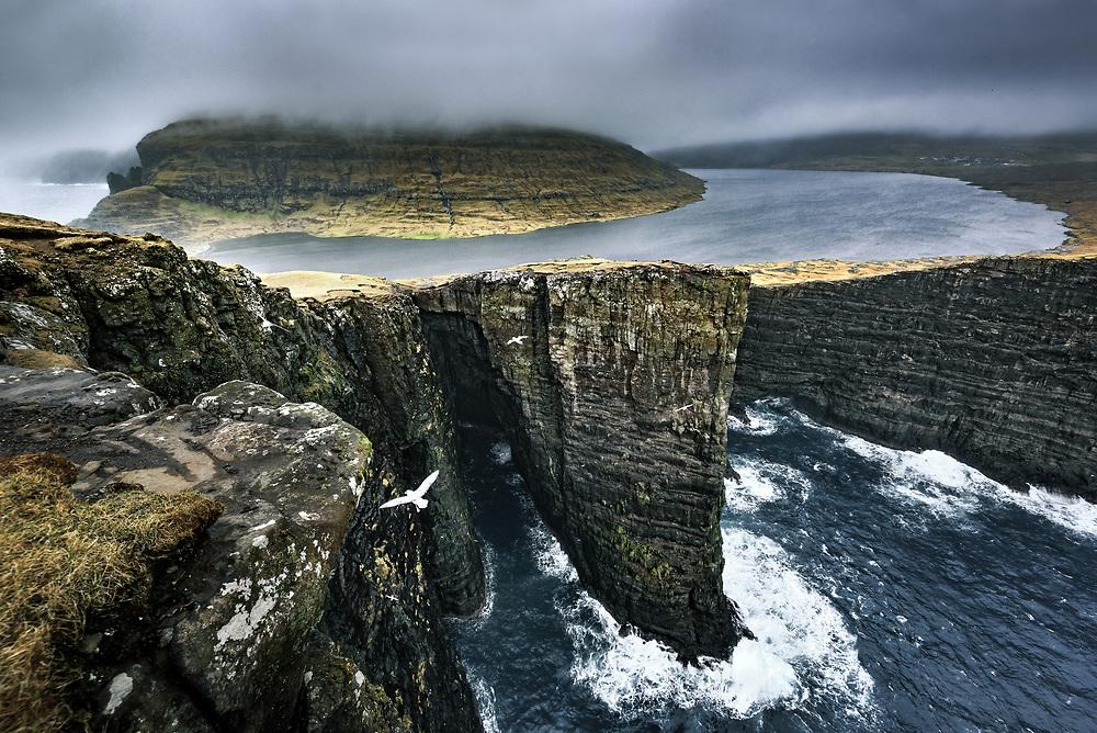 Lake S¯rv·gsvatn at Vagar island, Faroe Islands