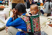 Chine. Province du Guizhou. Marche de Rongjiang. Ethnie Miao. // China. Guizhou province. Rongjiang daily market. Miao ethnic group.