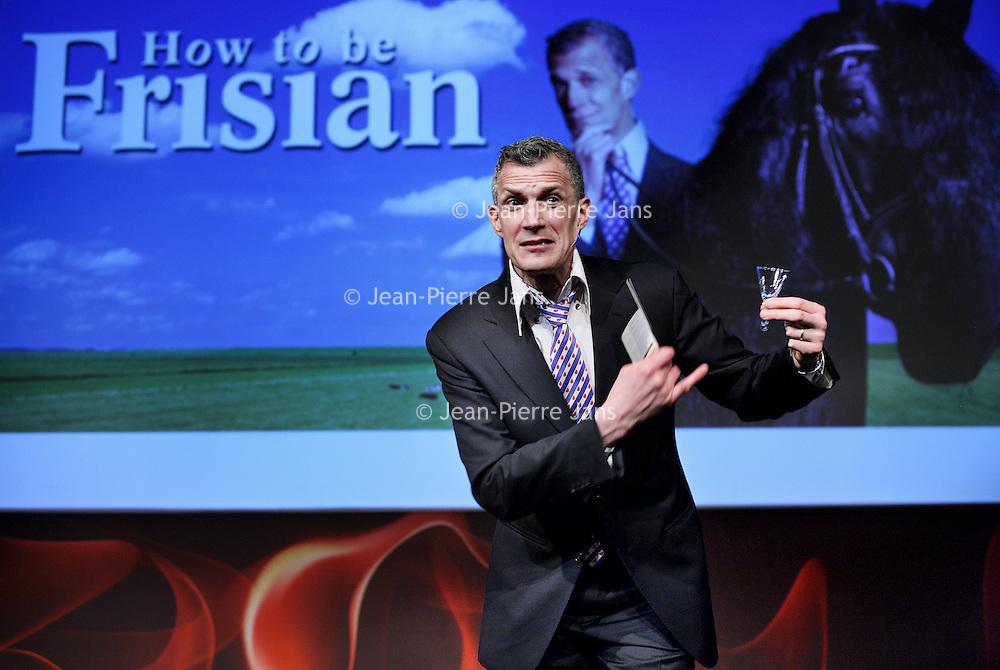 Nederland, Amsterdam , 10 maart 2015.<br /> Première van 'How to be a Frisian' van Amerikaanse komediant Greg Shapiro, in Boom Chicago.<br /> <br /> Foto:Jean-Pierre Jans