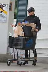 Charlize Theron shops at Bristol Farms with her children - 23 March 2020