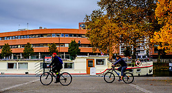 Cyclists by the Canal du Midi in Toulouse, France<br /> <br /> (c) Andrew Wilson | Edinburgh Elite media