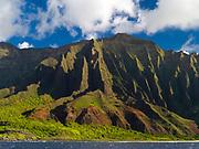 View of the stunning Na Pali Coast on the western side of Kauai, Hawaii, USA.