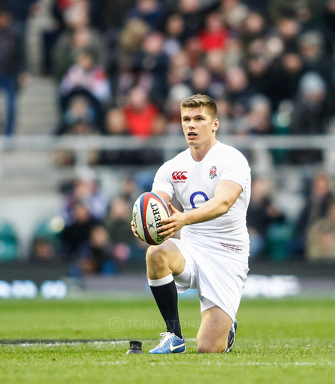 Picture by Andrew Tobin/SLIK images +44 7710 761829. 2nd December 2012. Owen Farrell of England sets up a penalty during the QBE Internationals match between England and the New Zealand All Blacks at Twickenham Stadium, London, England. England won the game 38-21.