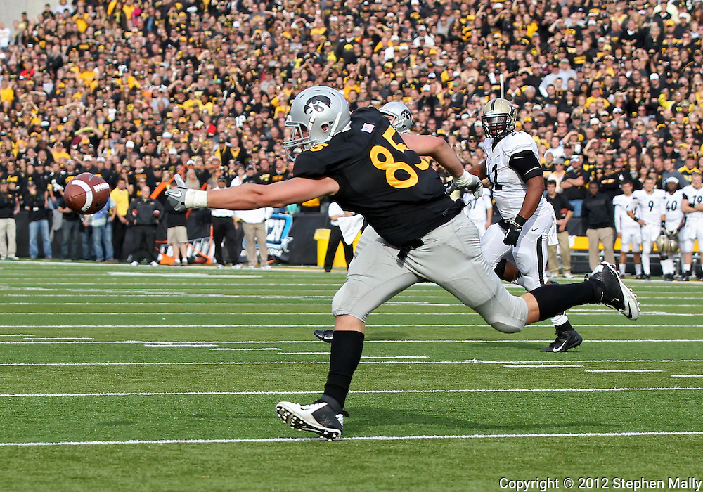 November 10 2012: Iowa Hawkeyes tight end Zach Derby (85) can't reach a pass from quarterback James Vandenberg (16) on a third down play during the NCAA football game between the Purdue Boilermakers and the Iowa Hawkeyes at Kinnick Stadium in Iowa City, Iowa on Saturday, November 10, 2012. Purdue defeated Iowa 27-24.