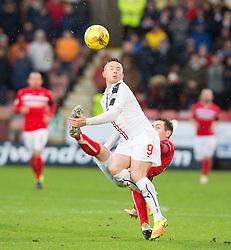 Falkirk's John Baird and Dunfermline's Lewis Martin. Dunfermline 1 v 1 Falkirk, Scottish Championship game played 26/12/2016 at East End Park.