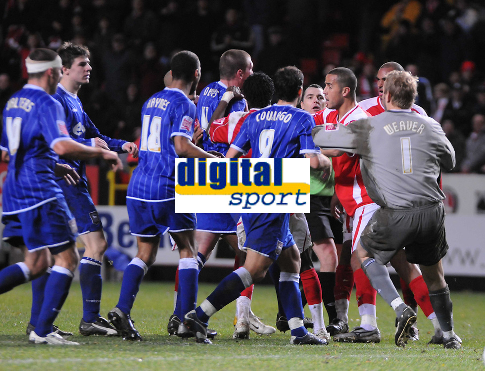 Photo: Tony Oudot/Sportsbeat Images.<br /> Charlton Athletic v Ipswich Town. Coca Cola Championship. 08/12/2007.<br /> Players from both teams clash at the end of the match after a hard fought contest