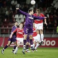Fotball, 16. desember 2004, UEFA cup,  Utrecht - Austria Wien,   Alje Schut, Urecht ,  og  Sigurd Rushfeldt, Austria Wien